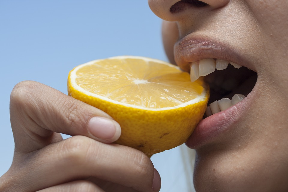 Perfect Teeth and Gums – What Should Be Your Diet?